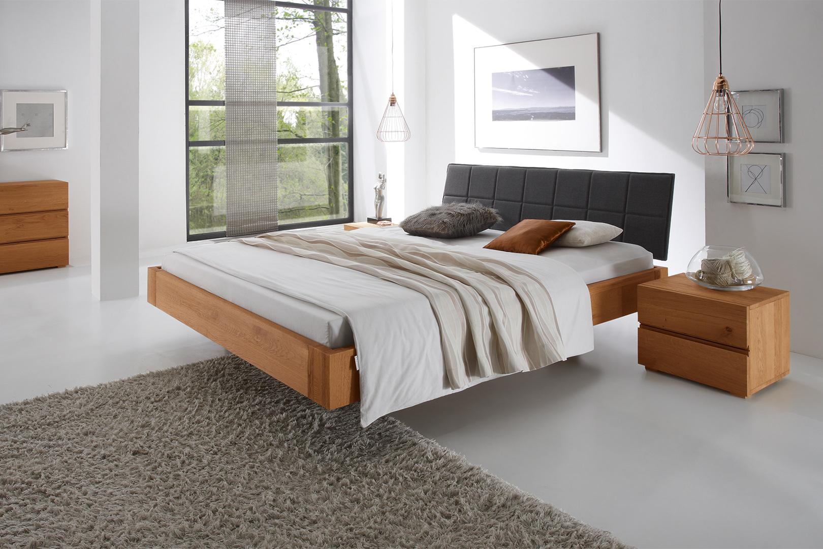Massivholzbett mit Polsterkopfteil - Ihr Traumbett bei Sitec in Büren selbst konfigurieren